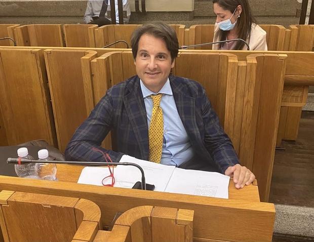 Il consigliere regionale Carissimi (Lega) rinuncia alla sua dose: «Vada a chi ne ha più bisogno»