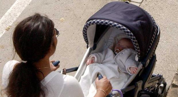 Baby sitter insieme a colf e badanti tra le categorie tutelate dal Decreto Rilancio