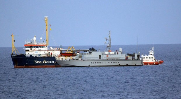 Sea Watch, indagato il comandante