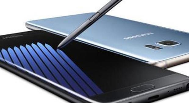 Il Samsung Galaxy Note 7 gli esplode in mano: bimbo di sei anni in ospedale