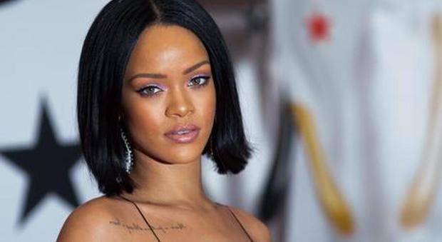 immagine Rihanna vende la sua villa di Los Angeles: scioccata per l'intrusione di un fan