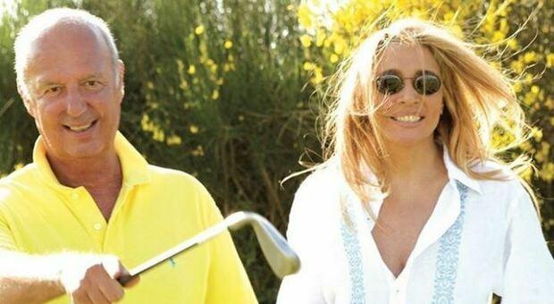 Mara Venier e l'ironica dichiarazione al marito Nicola Carraro: «Vent'anni insieme, che botta di cu...»