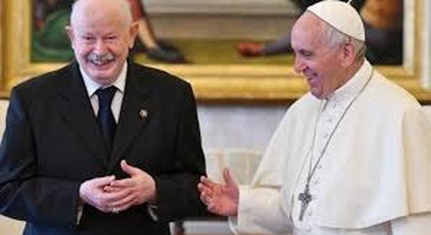 Udienza al nuovo Gran Maestro, Francesco chiude la crisi che aveva aperto all'Ordine di Malta