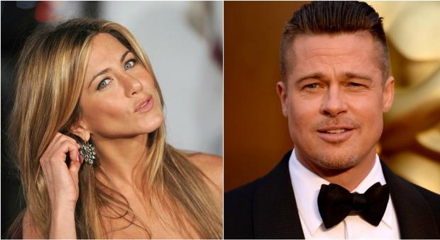 Brad Pitt e Jennifer Aniston, c'è il riavvicinamento: «Lui le manda sms»