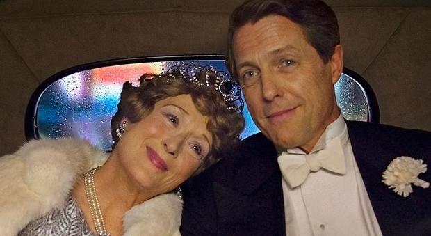 Hugh Grant confessa: «Gli Oscar? Quello che m'interessa sono solo i soldi»