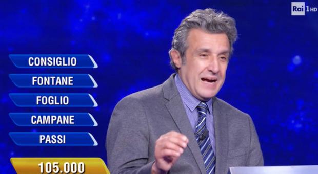 Flavio Insinna, l'errore choc della concorrente all'Eredità. Fan furiosi: «Che vergogna»