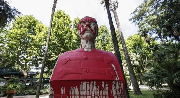 Roma e le statue maltrattate che nessuno ha mai difeso