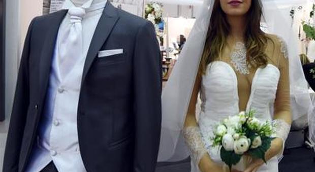Matrimonio, verso l'addio all'obbligo di fedeltà: «Visione ormai superata della coppia»