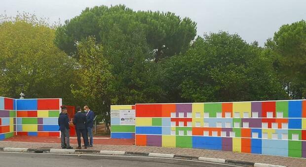 Montesilvano, inaugurato l'ingresso del parco realizzato dai detenuti