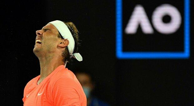 Australian Open, Barty rimontata ed eliminata da Muchova. Medvedev ok con Rublev