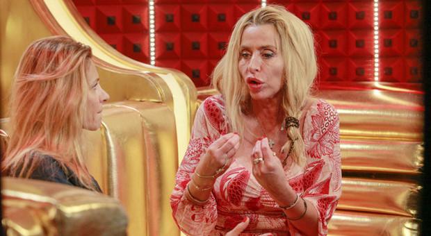 Gf Vip e Coronavirus, Valeria Marini ha la tosse e preoccupa gli altri: «Ho fatto il tampone» (credits Endemol)