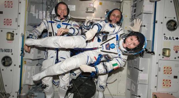 Spazio, Italia sempre più forte con Samantha Cristoforetti in orbita, navetta spaziale Rider, razzo Vega e con più fondi per investimenti e ricerca: la ministeriale di Siviglia
