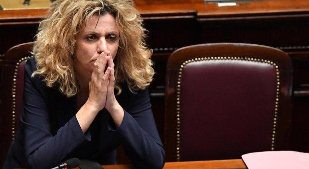 Tap La Lite Lezzi Emiliano Fai Sceneggiata E Lui Maleducata