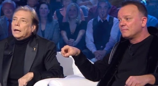 Domenica In, Gigi D'Alessio e Nino D'Angelo fanno la pace: «Stavamo buttando tutto all'aria»