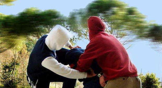 Diciassettenne ricoverato a Pescara l'ipotesi: aggredito perché è gay