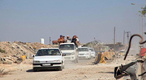 Siria, scontro Russia-Stati Uniti. Mosca: Washington difende l'Isis
