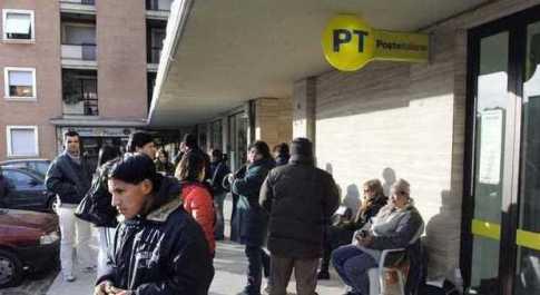 Poste, si blocca per due ore in tutt'Italia l'accettazione di pacchi e raccomandate