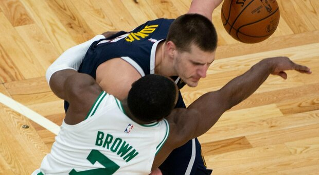 NBA, Harden show: Nets secondi a Est. Boston batte un super Jokic, ok i Lakers