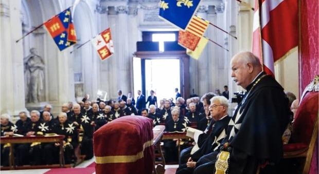 L'Ordine di Malta mette al bando tutte le messe in latino, uno schiaffo al Papa emerito