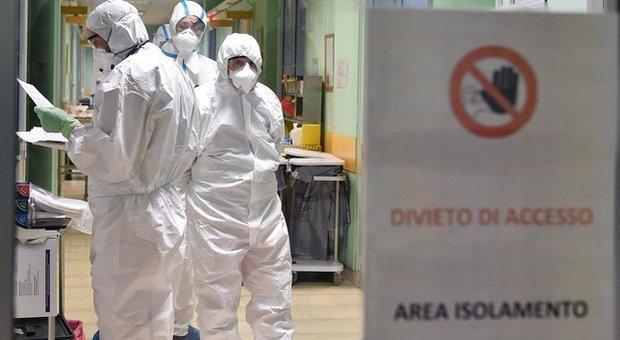 Coronavirus, la denuncia: «Ho febbre, tosse e affanno. Perché non mi fanno il tampone?»