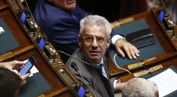 L'Aula nega gli arresti per Sozzani (Fi), bagarre in Aula. Franchi tiratori all'opera, ira Di Maio