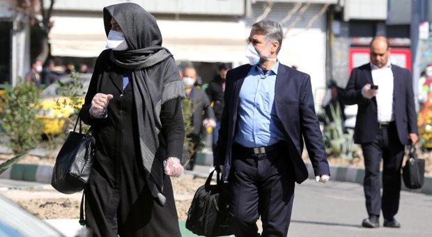 Coronavirus, in Iran la bufala dell'alcol come cura fa altri 44 morti