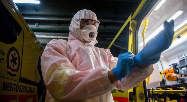 Coronavirus, donna con febbre alta e tosse rifiuta il ricovero in ospedale: sottoposta a Tso