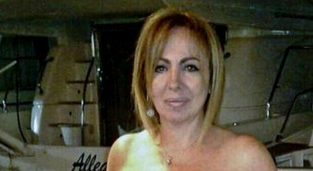 AstraZeneca, 54enne napoletana in terapia intensiva. I familiari: «Non aveva patologie pregresse»