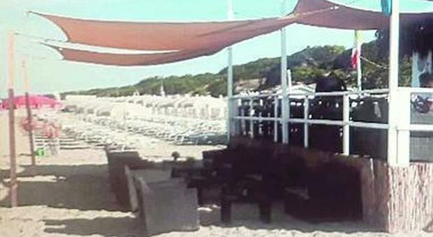 Sequestrato chiosco abusivo sulle dune del Parco del Circeo `