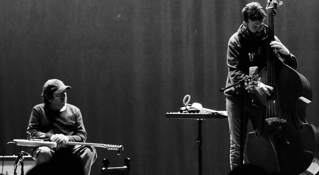 Germani e Cervi, un duo live nel teatro di Alvito ora diventa un album
