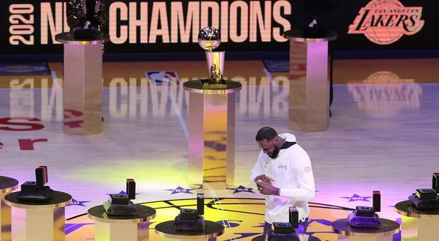 LeBron James, 36 anni... e un altro record: le 1000 partite di fila in doppia cifra