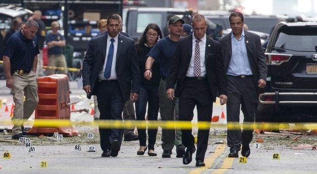 Bombe a New York, Cuomo: «Troveremo i responsabili e li puniremo»