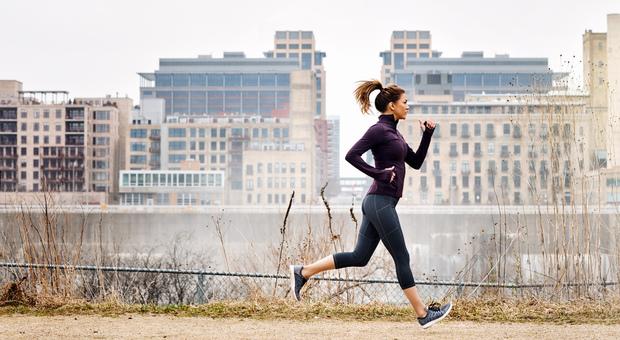 Corsa o camminata veloce: è tempo di riprendere il ritmo. Da Venezia a Lecce gli itinerari giusti tra asfalto e sterrato
