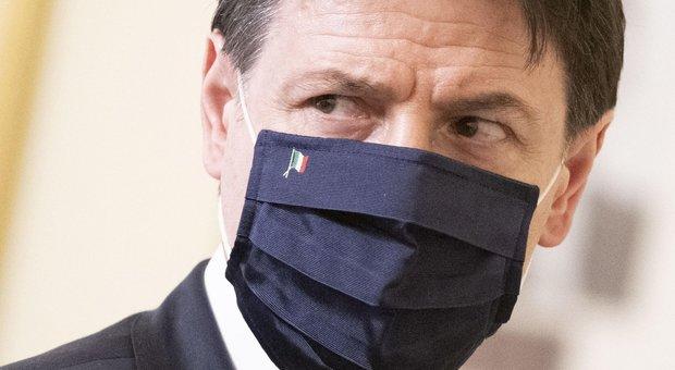 Conte e il valzer dei dispetti nel governo: avanza lo spettro di una crisi estiva