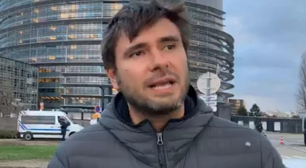 Di Battista a Salvini: 'Torna in te'