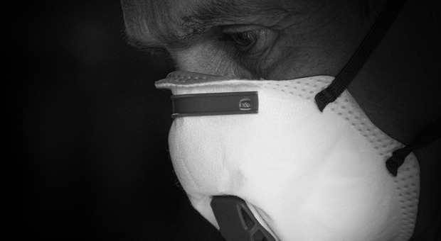 Appalto mascherine da 1,25 miliardi, maxi-sequestro: 8 indagati in commessa a consorzi Cina
