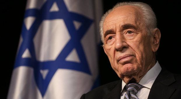 Israele, l'ex presidente Shimon Peres ricoverato in ospedale per un ictus