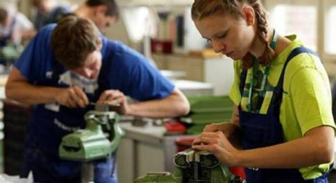 Welfare, il professor Rosina: «Obiettivo donne e giovani per superare lo svantaggio al Sud e nelle opportunità»