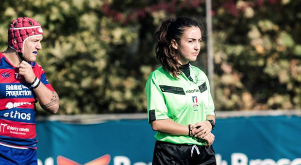 Rugby, Clara Munarini la prima donna ad arbitrare nel massimo campionato nazionale maschile