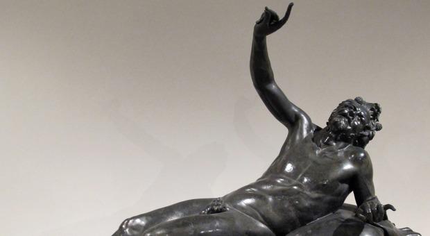 Sul Satiro di Ercolano riaffiorano la cicatrici lasciate dall'eruzione del Vesuvio del 79 d.C.