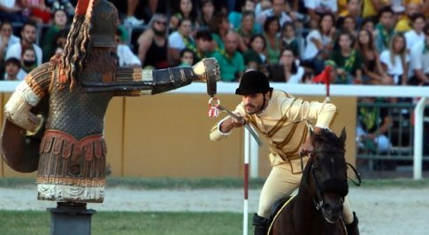 Luca Innocenzi trionfatore della Quintana