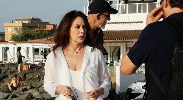 L'attrice Elena Sofia Ricci sul molto di Fiumicino