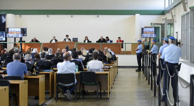 MAFIA CAPITALE/ LA SENTENZA Vent'anni di carcere per Carminati 19 a Buzzi, 6 a Odevaine, 10 a Panzironi e 11 a Brugia Ma cade l'accusa di mafia