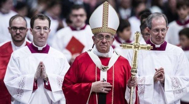 Lite tra cardinali sulla