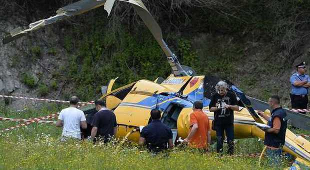 Elicottero Caduto Oggi : Elicottero caduto al lago del salto parla l unico