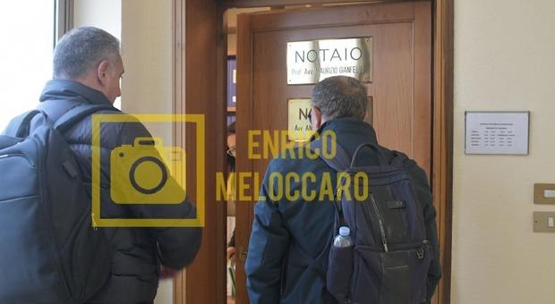 Curci e il suo avvocatodal notaio Gianfeliceper riprendersi il Rieti. Foto - Il Messaggero