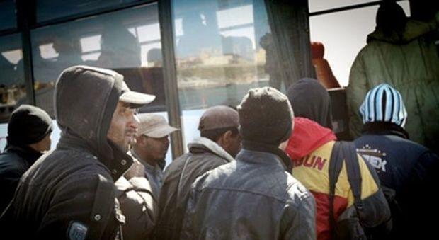 Italia: nel 2016 calano le migrazioni per lavoro