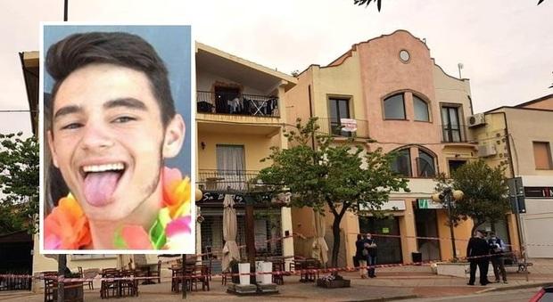 Tortolì, accoltella la ex e ne uccide il figlio: caccia a un 29enne