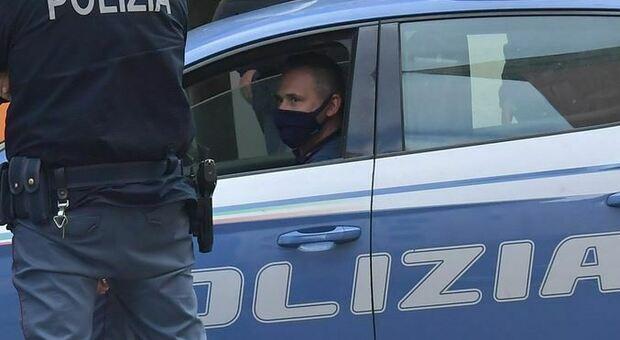 Livorno, donna trovata morta in camera da letto: fermato il marito