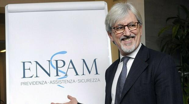 Welfare e sanità, il presidente dell'Enpam Oliveti: «Da irresponsabili ridurre il tema della salute a un derby Stato-imprese»